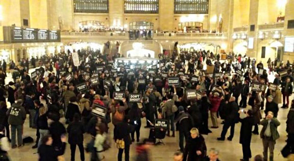 """Carry The Names"" - 24 hour vigil at New York's Grand Central Station, Jan. 5- 6, 2015. Photo by anonymous photographer."