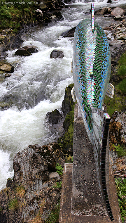 """Yeltatzie Salmon"" - Terry Pyle's sculpture on Ketchikan Creek. Photo/Mark Vallen ©"